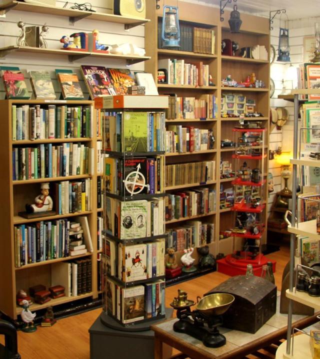 Fact or Fable Secondhand Book Shop near Bath (5).JPG